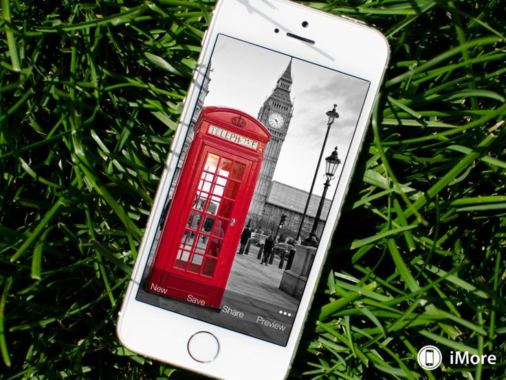 Wallpaper Fix gives you another way to make backgrounds in iOS 7 behave