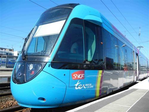Le tram train Châteaubriant Nantes nouveau forfait 20 € pour 5 sur toute une journée