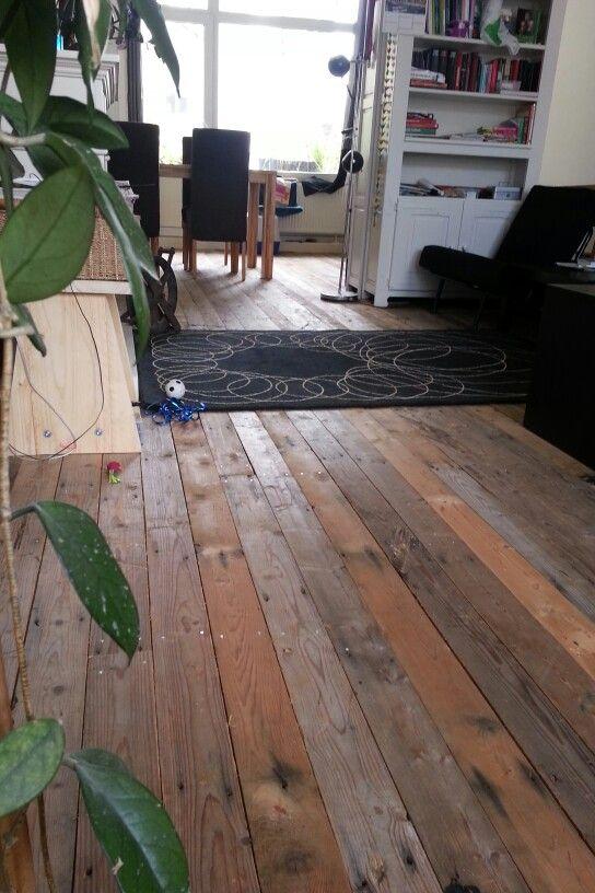 Nieuwe #sloophout vloer. New #scrapwood floor.