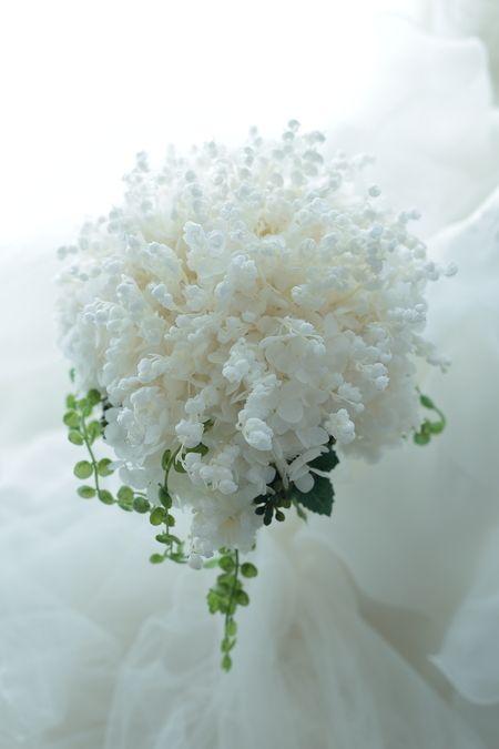 プリザーブドフラワーブーケ スズランの季節ではない時期に、鈴蘭のブーケ2 グレース・ケリーのブーケ : 一会 ウエディングの花