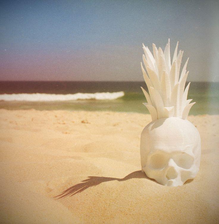 Lab77, Verão 2015  www.lab77.com.br  #riodejaneiro #barradatijuca #3dprinting #3d #skull #abacaveira #beach #sand