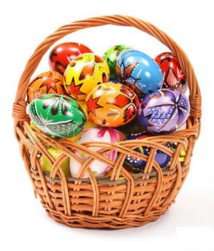 Have a Great Family Easter Egg Hunt. Instead of just candy, why not fill your eggs with clues or puzzle pieces, or all sorts of things! - Marriage & Family - Home & Family - News - Catholic Online