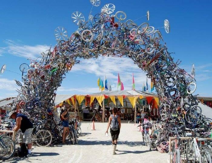 Burning Man Festival 2007, a: Mark Grieve a Ilana Spector, f: Jenene Chesbrough