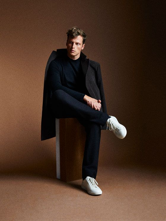 Men´s Coats at Massimo Dutti online. Enter now and view our  Fall Winter 2017 Coats collection. Effortless elegance!