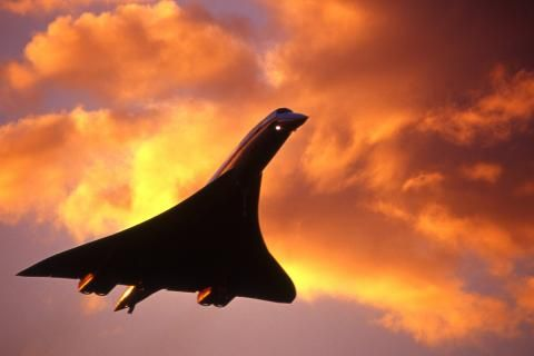 The legendary supersonic aircraft, Concorde, made its last commercial passenger flight amid emotional scenes at Heathrow airport, on this day 24th October, 2003. Concord was retired after 27 years due to a general downturn in the aviation industry after the 11th September terrorist attacks in 2001 and a decision by Airbus to discontinue maintenance support, British/French