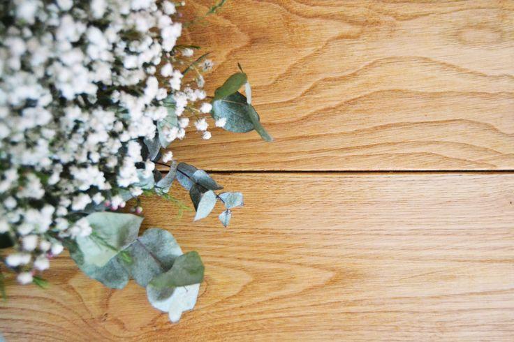 Nos encanta vestir nuestras mesas con naturaleza🍃🌿🌼  Northern Sons - Hard-craft Furniture