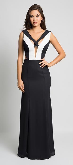 afbf7d036 Modelo desejo PB, vestido longo em crepe fino, com detalhes de transpasse  das alças no busto, recortes que valorizam a cintura, decote V profundo.