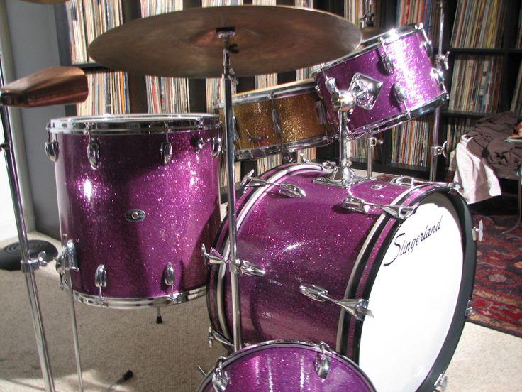 Slingerland Purple Glass Glitter Black Badge 1973