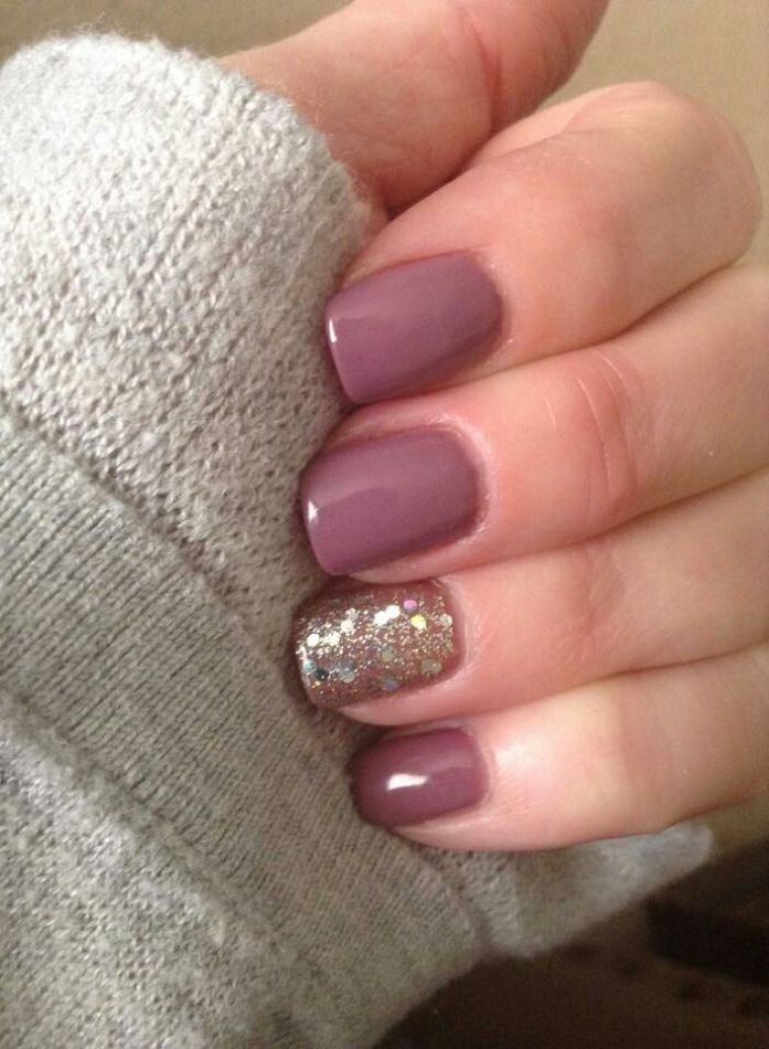 Dusty Rose with a Gold Feature Nail