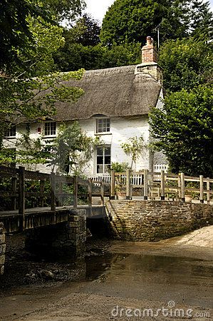 Thatched Helford River Cottage in Helford Village, Cornwall, England