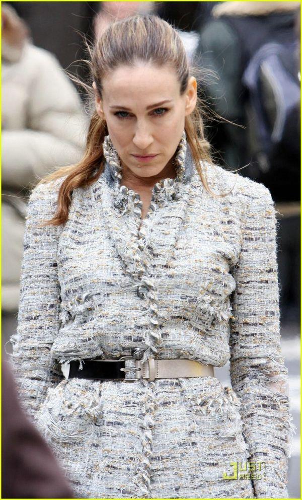 Chanel jacket on SJP. Attitude.
