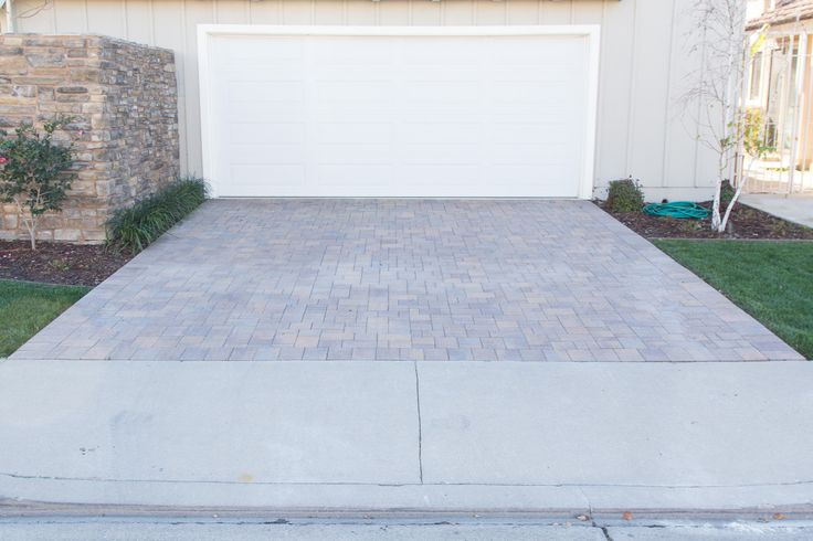 #brick paver #driveway. What kind of driveways do you like?