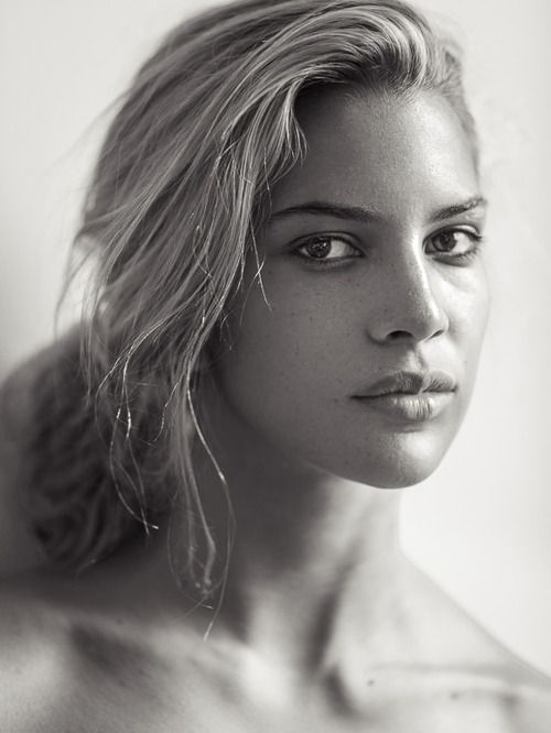Com kenya kinski jones daughter of nastassja kinski and quincy jones