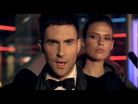 """Maroon 5 performing """"Makes Me Wonder,"""" the first single from It Won't Be Soon Before Long"""