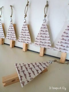 Christmas tree clothes pins - used as place-card holders but also would be nice ornaments, maybe to hold a gift card on the Christmas tree