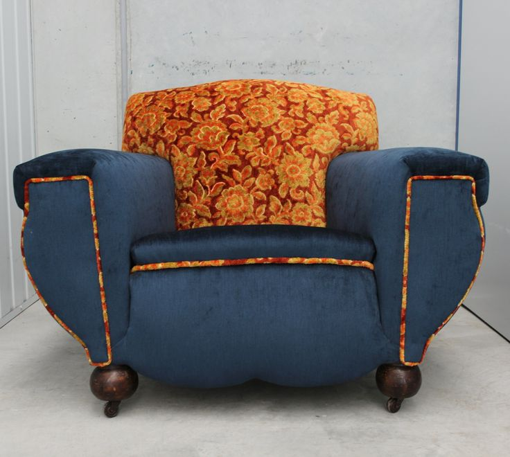 This stunning armchair with original castors has been recovered with beautiful vintage rust-toned cut velvet and Ella Ocean from Warwick. Legs have been left in the original condition. Shipping will ...