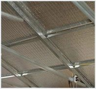 Radiant Heat Barrier what is Radiant Heat Barrier? Any metal building has a tendency to act as a tropical rain forest from inside. It acts typically during all different seasons.