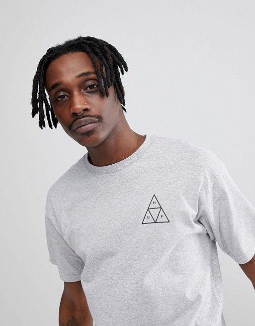 0067dc797 Camiseta gris con triángulo triple de HUF | Stilo | Asos, Huf