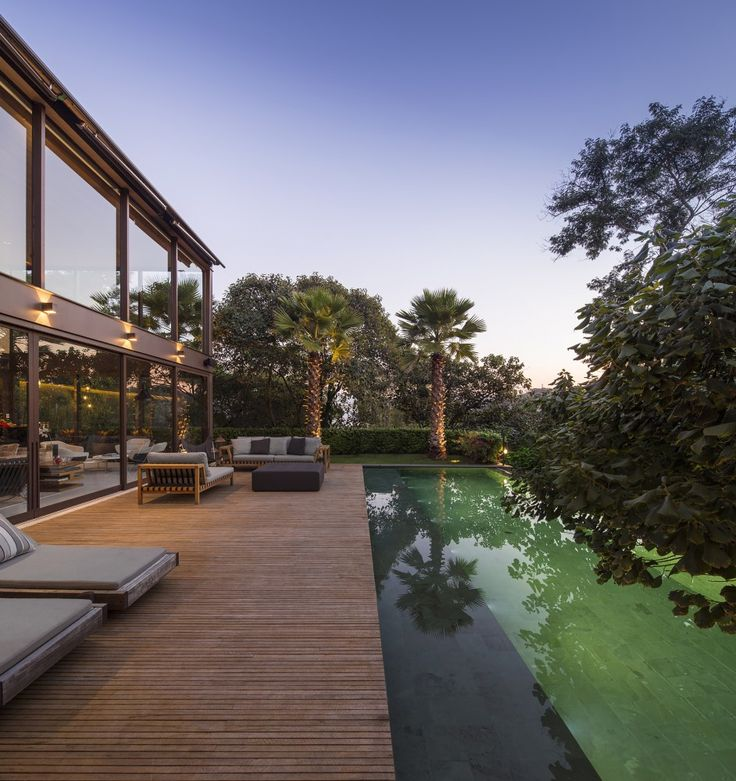 1000+ images about Modern Pool Designs on Pinterest | Pool houses ...