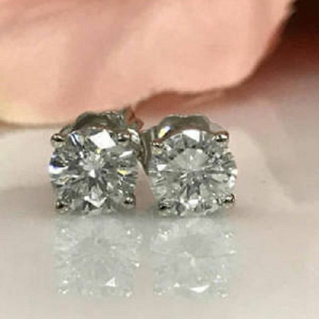 2Ct Signity Diamond D//VVS1 Prong-Set Cluster Earrings Crafted In Solid Sterling