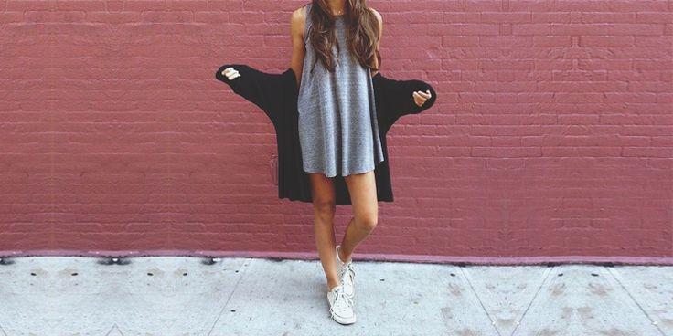 Muchas chicas a diario nos envían mensajes pidiéndonos ideas sobre cómo posar para iniciar un blog de moda, así que hoy nos dimos a la tarea de darles algunos sencillos consejos para comenzar a practicar y con paciencia, poder comenzar a recibir muchos likes y seguidores en sus proyectos de moda. Hoy nos enfocaremos especialmente …