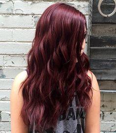 Long wavy mahogany hairstyle!