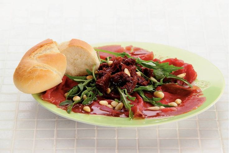 Carpaccio met balsamicodressing (330 kcal)