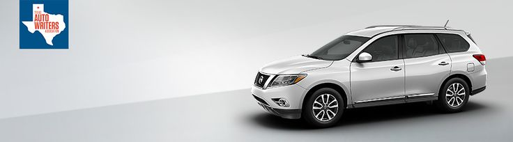 2015 Nissan Pathfinder awards and accolades side profile in Moonlight White