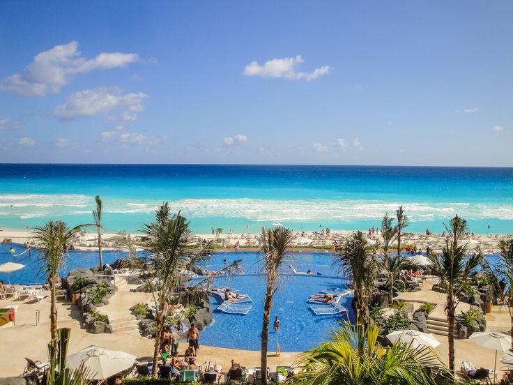 O Hard Rock Hotel de Cancun, no México, têm sistema All Inclusive. Listamos algumas dicas necessárias para você se hospedar em um All Inclusive: http://blog.planoeplano.com.br/index.php/viaje-por-sao-paulo/dicas-necessarias-na-hora-de-viajar-com-sistema-all-inclusive/