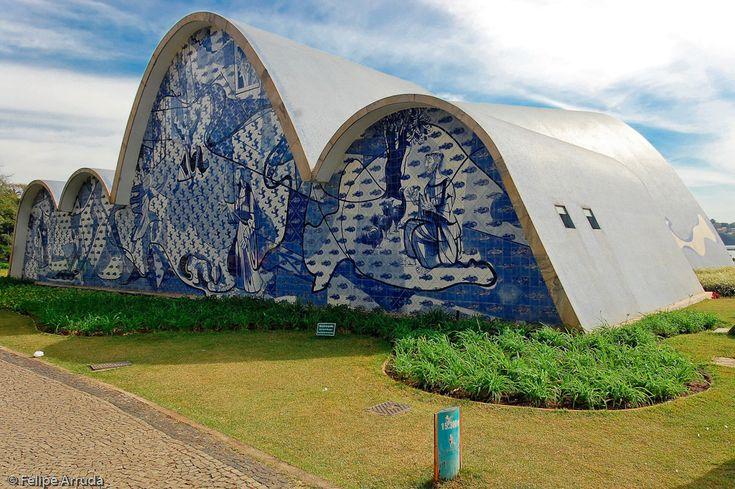 Galeria de Clássicos da Arquitetura: Igreja da Pampulha / Oscar Niemeyer - 4