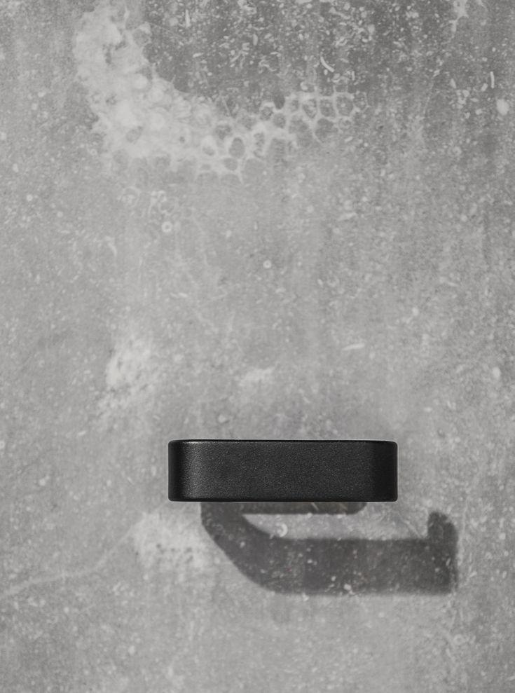 MENU SS18 | Toilet Roll Holder