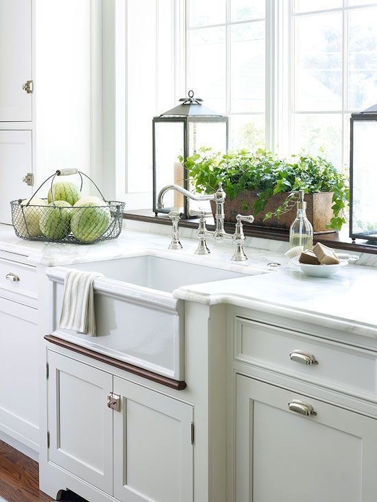 Hundreds of kitchen faucet styles, ranging from basic to posh, await your selection. We sorted the options to ensure you'll get the best tap your budget will buy. Review these faucet buying guidelines to help you find the right model.