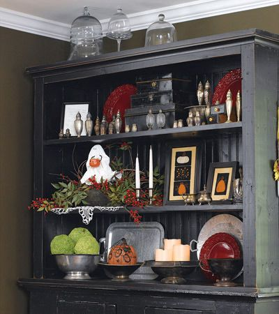 more ideas for decorating hutch and dining room for seasons/holidays