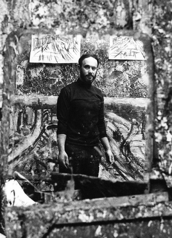 Leon Kossoff in his studio