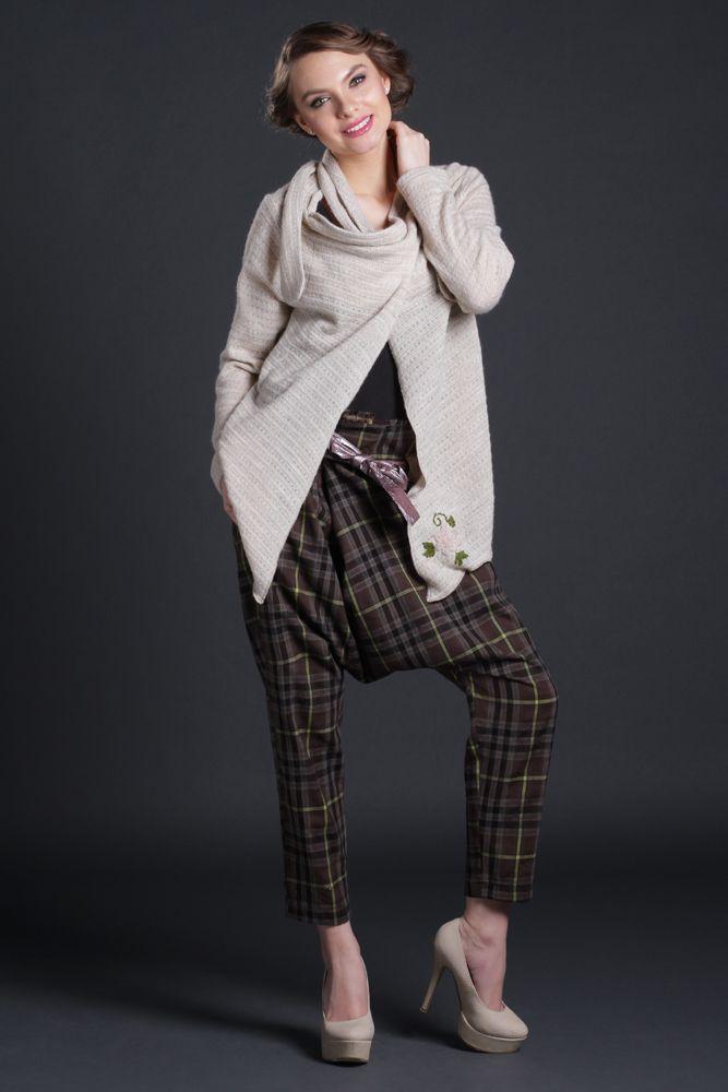 Pantaloni Chan, stofa carouri