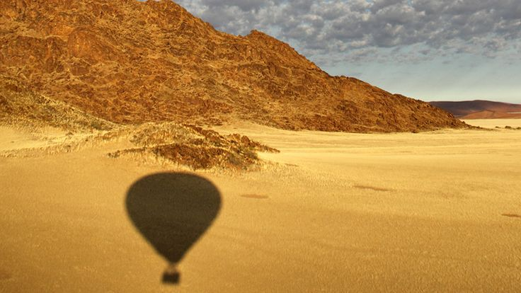 Hot-air balloon safari in Namibia with Ker & Downey Africa #luxurytravel #desert #namibia