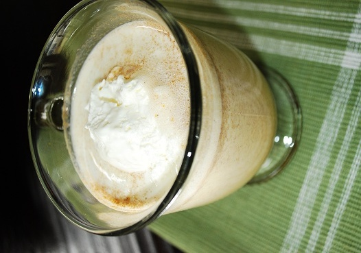 Pumpkin Pie White Hot Chocolate Recipe - 3 Points - LaaLoosh