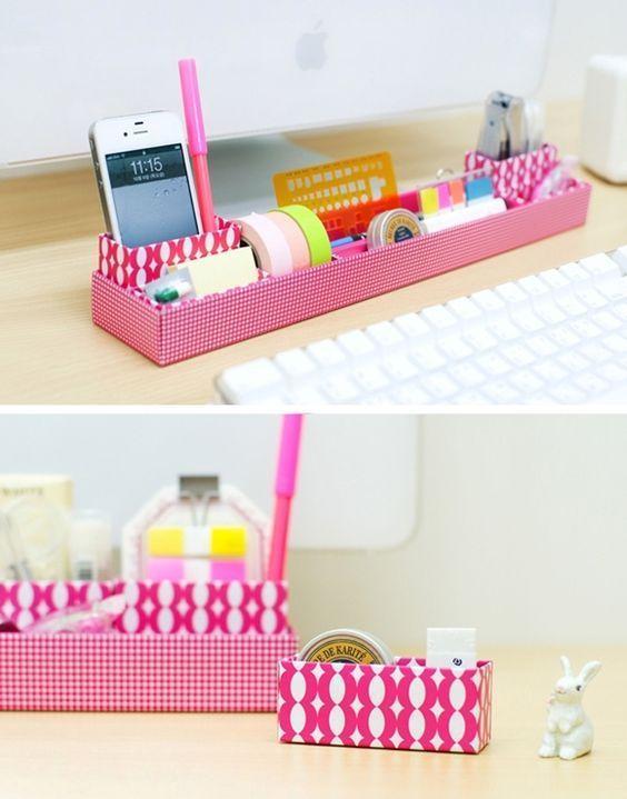 Para deixar sua escrivaninha sempre organizada, aposte em caixas! :D #diy #organização #madeiramadeira