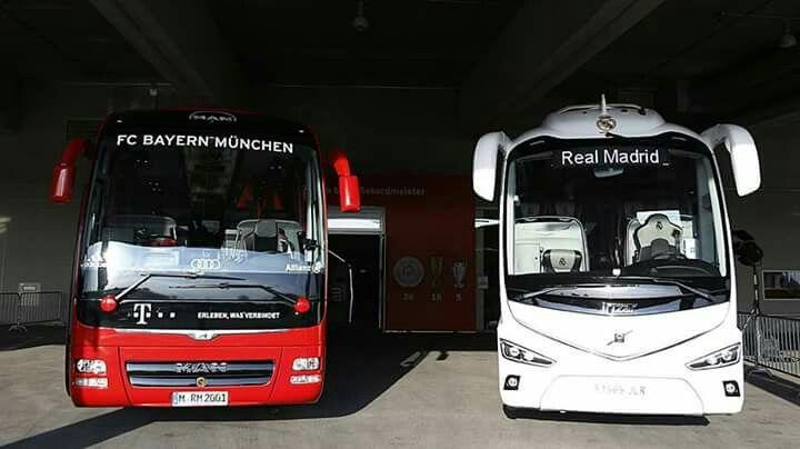 Man Lions coach fc Bayer Múnich y volvo irizar i8 club deportivo real Madrid