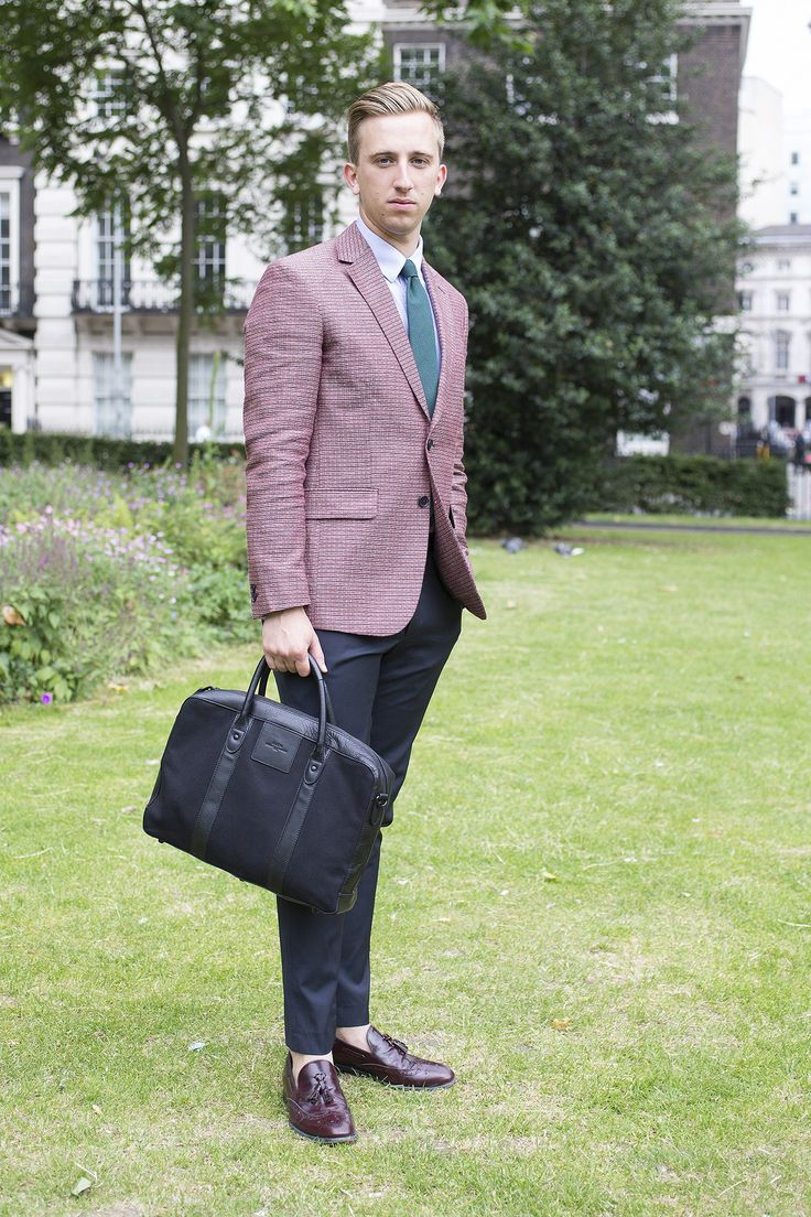 Wearing Reiss jacket, Corsivo shirt, House of Fraser trousers, vintage tie, Scarosso shoes and Baron bag.