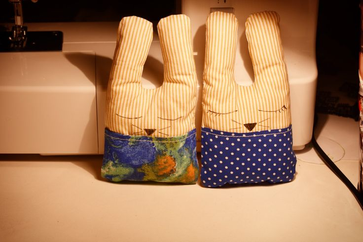 Handmade bunnies with pockets,  easy sewing project ^^