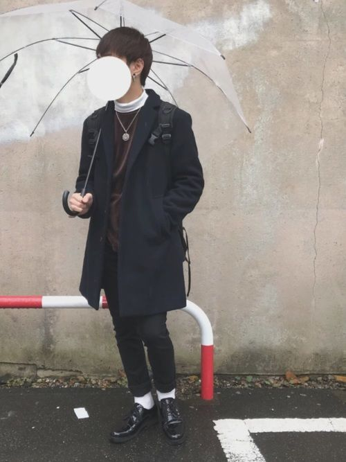 こんにちは😃 チェスターコート × 黒スキニー トップスのベロアがかわいいコーデ😋 【サイズ】