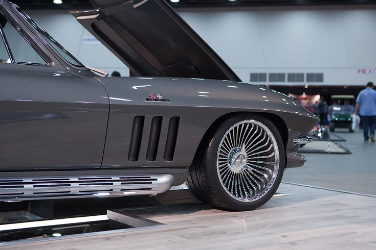 The 65th Detroit Autorama Was A Great Year for Corvettes | Corvette, Corvette summer, Corvette c2