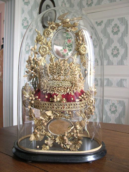 215 best images about domes and globes on pinterest bisque doll antique dolls and marriage. Black Bedroom Furniture Sets. Home Design Ideas