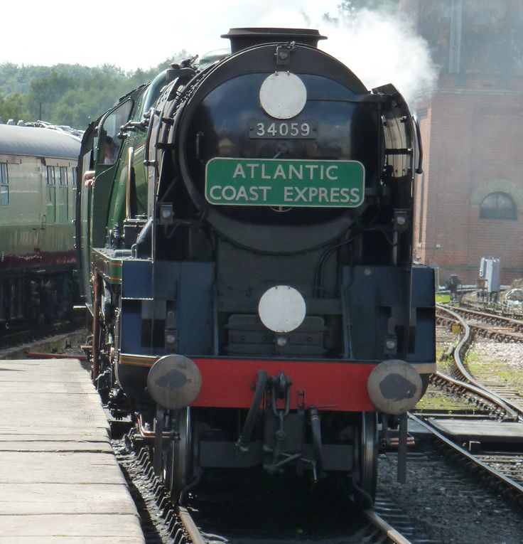Image from http://www.ashdownforest.com/wp-content/uploads/2011/04/Bluebell-Railway-2.jpg.