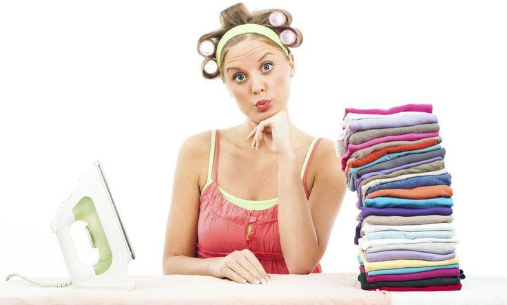9 trucos para quitar las arrugas de la ropa sin usar la plancha