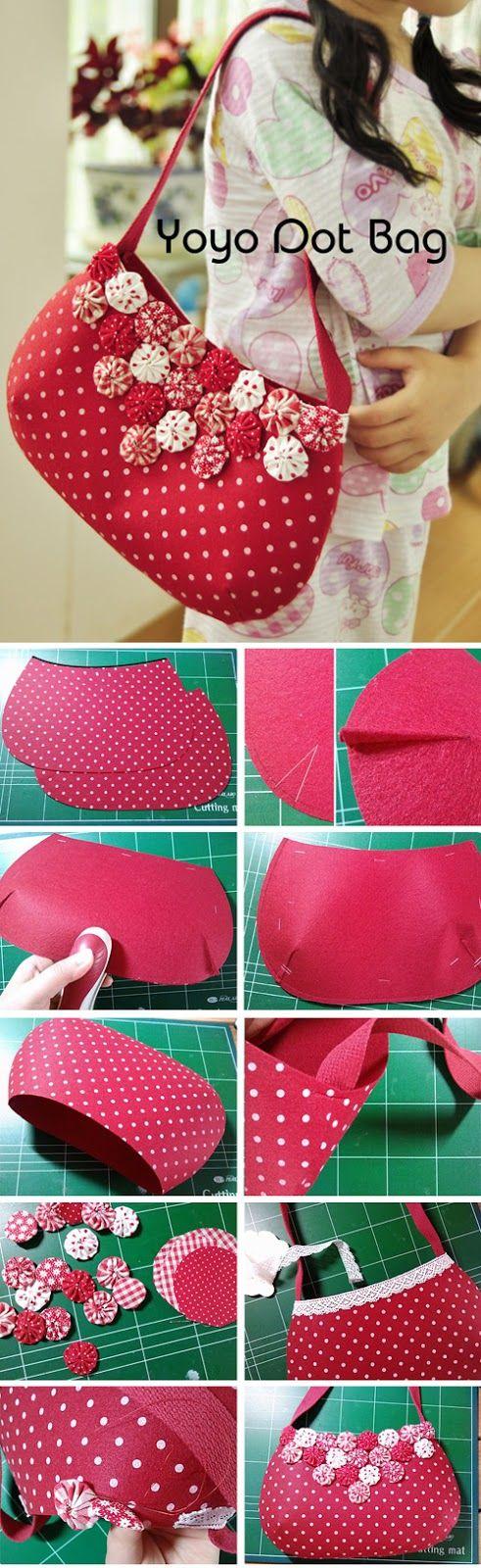 Shoulder Bag with Fabric Yo-Yo Flowers. DIY Pattern & Tutorial in Pictures. http://www.handmadiya.com/2015/11/shoulder-bag-with-yo-yo.html
