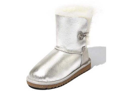 UGG outlet boots at our cheap UGG outlet Usa store tends to be popular with  those are crazy about latest fashion.
