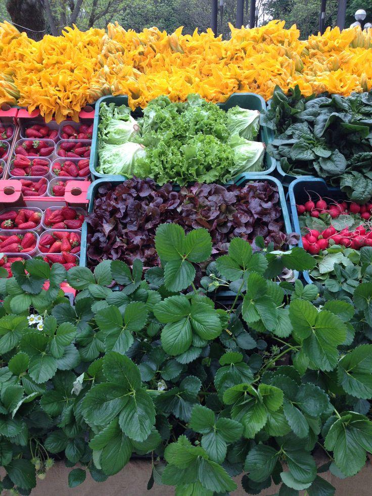 Verdura e fragole