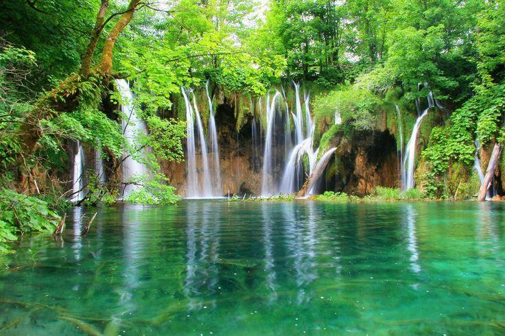 O Parque Nacional Plitvice, um dos lugares mais lindos do mundo.